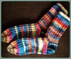 Jemmarit aka leftoveryarn socks (free pattern at Ravelry) Yarn Stash, Ravelry, Free Pattern, Knit Crochet, Socks, Crafty, Knitting, How To Make, Yarns