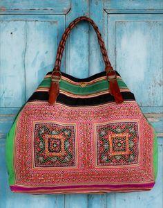 Love, love, LOVE this bag!
