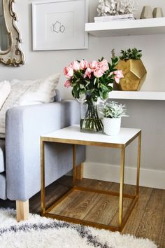 Decorating with gold and flowers.