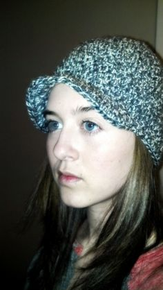 crochet wool beanie with brim - grey and white