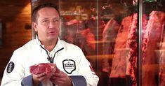 Fleisch muss reifen, damit es zart und genießbar wird. Einen experimentellen Ansatz verfolgt ein Metzger aus Hessen. Er legt die edelsten Stücke in Mineralwasser und erzielt damit einen Effekt, über den sich jeder Genießer freut.