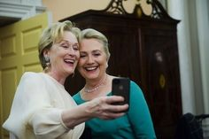 What a pair! Awesome. 2 Powerful women in her rolls. The Wonderfuls Meryl Streep Hillary Clinton !