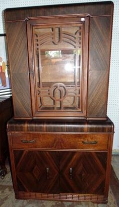 Art Deco China Cabinet With Bakelite Pulls Lot 6