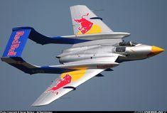 Second-generation+Jet+Fighter | Hawker Siddeley DH-110 Sea Vixen D3