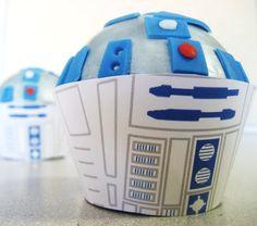 R2D2 cupcakes!!! ♥