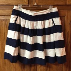 Cynthia Rowley Nady and White skirt Gently worn super cute summer navy and white skirt slip pockets on each side. No rips tears or flaws Cynthia Rowley Skirts Mini