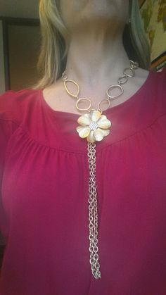 Indulgence and Golden Girl.a great combination! Premier Jewelry, Premier Designs Jewelry, Jewelry Design, Jewelry Ideas, La Girl, Steampunk Necklace, Jewelery, Fine Jewelry, Fashion Jewelry