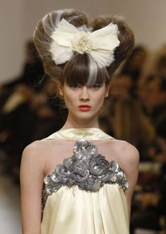 chanel_haute_couture_hair_s10_m.jpg (300×424)