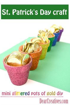 Patrick's Day Crafts Glittered Rainbow Pots This is such an easy craft idea … – St Patrick's Day Crafts DIY Crafts For Seniors, Diy Crafts For Kids, Crafts To Sell, Craft Ideas, Decor Ideas, St Patricks Day Crafts For Kids, St Patrick's Day Crafts, Glitter Crafts, Rainbow Crafts