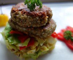 Dinkel-Grünkern-Burger mit Spitzkohlgemüse (vegan oder vegetarisch)