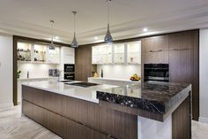 Finding the perfect combination between resort style luxury and family practicality seems like a big ask but this stunning home built by Perth custom builder Luxus Homes expertly pulls it . New Kitchen Designs, Modern Kitchen Design, Modern Design, Kitchen Ideas, Grand Kitchen, Custom Built Homes, Kitchen Styling, Kitchen Storage, Luxury Kitchens