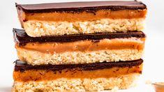 Przepis na: Ciasto Twix w wersji fit Vanilla Cake, Tiramisu, Fit, Ethnic Recipes, Desserts, Tailgate Desserts, Dessert, Postres, Tiramisu Cake