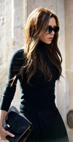 Victoria Beckham siempre utiliza lentes de sol, es parte de su estilo.