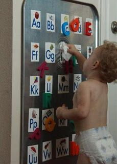 Budget Beautiful Bungalow: Preston's Toddler Room {DIY Activity Easel}
