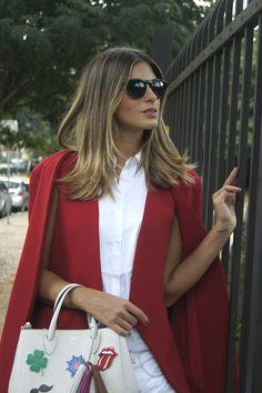 Capa vermelha, modelo Artsy.