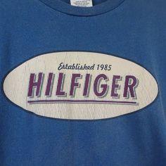 Vintage Tommy Hilfiger Men's XL Graphic Blue T-Shirt Spell Out HILFIGER  M396 #TommyHilfiger #GraphicTee