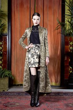 Alice + Olivia Fall 2015 Ready-to-Wear - Collection - this is next level pattern mixing.