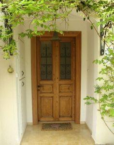 דלת כניסה עתיקה :: דלתות עתיקות :: דלת עץ מלא דלת עתיקה אותנטית, בסגנון וינטג'…