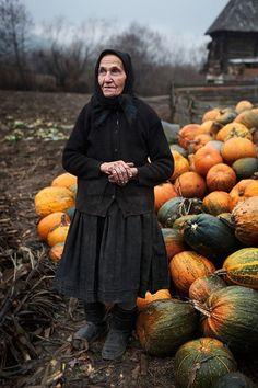 Rustic woman, rustic squash