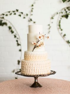 Earthy, Botanical Wedding Inspiration by Jessica PetersonComments