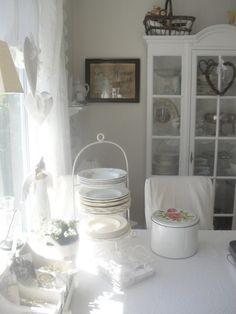 Интерьер в стиле шебби шик в отдельно взятой квартире. Кухня-столовая 18