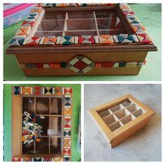 Caja de té con venecitas Mix Media, Mosaic Art, Tiffany, Jewelery, Arts And Crafts, Mosaic Projects, Boxes, Paper, Dibujo