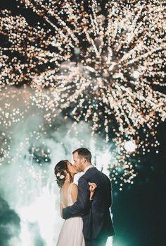 Night Wedding Photos, Wedding Night, Wedding Pictures, Wedding Bride, Night Beach Weddings, Night Photos, Wedding Posing, 1920s Wedding, Casual Wedding