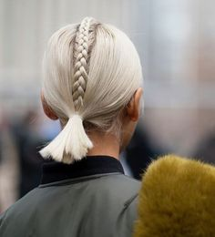 ponytail with single braid, perfect unusual summer style for short and mid length hair Pretty Hairstyles, Braided Hairstyles, Braided Mohawk, Braided Ponytail, Looks Pinterest, Short Hair Styles, Natural Hair Styles, Gorgeous Hair, Amazing Hair