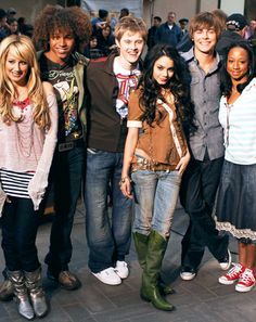High School Musical Cast to Reunite After Five Years For Charity via @Us Weekly #HSMReunion