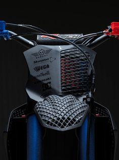 leManoosh - The world's most private search engine Ktm Supermoto, Honda Scrambler, Scrambler Custom, Motorcycle Design, Motorcycle Bike, Bike Design, Motocross Maschinen, Kawasaki Dirt Bikes, Motorcross Bike
