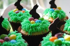 Bunny, eggs, and nests cupcakes