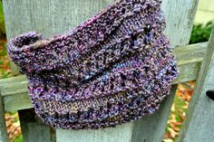 Free Pattern: Hot Mama Cowl by Lisa Dussault