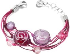 Playful swirls and lines add spice to the Mignon bracelet realized in Murano glass beads and satin thread.
