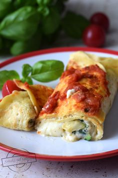 Calzone, Mozzarella, Grilling, Pierogi, Food And Drink, Homemade Products, Meat, Chicken, Kitchens
