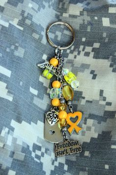 Support the Troops Key Ring omg I want this so bad!!