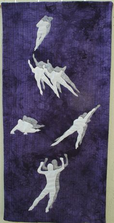 """""""The Final Round"""" art quilt Linda Robertus: State of the Art quilt 12 at Gallery 159"""