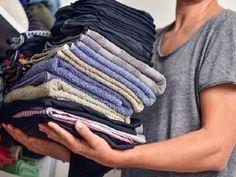 As 5 Dicas Para Nunca Mais Precisar Passar Roupas são preciosas para você, que não tem tempo e paciência para ficar horas passando roupas. Não perca!