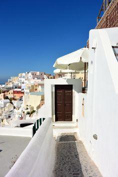 Greek Island Holiday: A Guide To Oia, Santorini — Bon Traveler