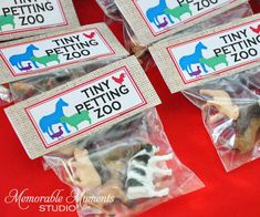 Printable Treat Bag Labels - Tiny Petting Zoo - Farm or Petting Zoo Party - Memorable Moments Studio Party Animals, Farm Animal Party, Farm Animal Birthday, Barnyard Party, Farm Party Favors, Toddler Party Favors, Farm Themed Party, Party Bags, Petting Zoo Birthday Party