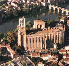 Cathédrale d'Albi. In 1176, a catholic church counsil, held here, declared the Cathar doctrine heretical, which was the beginning of the albigensian crusade.