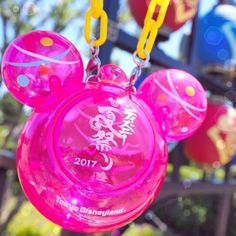 Water balloon?? 水風船を釣りあげたとおもったら・・・☆ (Photo:@13.disney) #tokyodisneyland #disneynatsumatsuri #tokyodisneyresort #waterballoon #ミニスナックケース #水風船 #ディズニー夏祭り #東京ディズニーランド #東京ディズニーリゾート これからもゲストのみなさんの写真をご紹介します。#tokyodisneyresort などをつけて投稿してくださいね。詳しくは公式ブログでご案内しています。 http://www.tokyodisneyresort.jp/blog/151005/