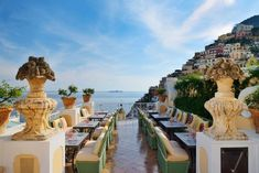 Oyster Bar Restaurant at Le Sirenuse in Positano on Italy's Amalfi Coast where all guests receive 85 Euro in spa credit, a complimentary bottle of Italian Spumante upon arrival, and VIP status. Honeymoon Hotels, Best Honeymoon, Honeymoon Destinations, Holiday Destinations, Positano Italy Hotels, Amalfi Coast Hotels, Sorrento Italy, Naples Italy, Sicily Italy