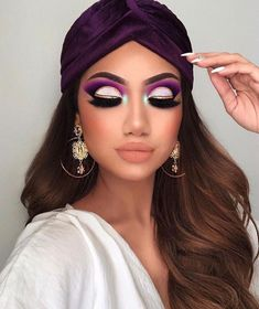 7 - 2020 Winter Makeup Tips, 7 - 2020 Winter Makeup Tips - 1 This winter, celebrities guaranteed their beauty with these four make-up. Get inspired by celebrity make-up for your p. Makeup Inspo, Makeup Inspiration, Makeup Tips, Eye Makeup, Hair Makeup, Makeup Ideas, Makeup Brushes, Makeup Basics, Matte Makeup