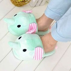These comfy slippers.