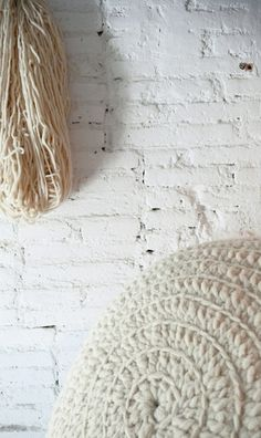 Handspun Wool Yarn Natural undyed by gloandmo on Etsy, Crochet Home, Love Crochet, Vintage Crochet, Diy Crochet, Crochet Round, Crochet Baby, Crochet Cushions, Crochet Pillow, Cotton Cord