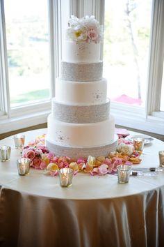 diamond wedding cake #RHDreamWeddingSweepstakes