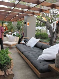 63 The Most Popular Outdoor Living Room Decoration Models Tips To Furnishing Your Outdoor Living Space 3 ~ Top Home Design Small Backyard Landscaping, Backyard Patio, Landscaping Ideas, Garden Gazebo, Small Patio, Terrace Garden, Garden Bed, Garden Seating, Pergola Designs
