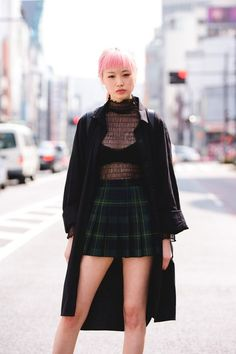 Korean Fashion – How to Dress up Korean Style – Designer Fashion Tips Asian Street Style, Tokyo Street Style, Japanese Street Fashion, Asian Fashion, Yuka, Pastel Goth Outfits, Dr. Martens, Fashion Models, Fashion Outfits