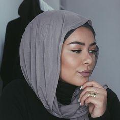 no foundation makeup.  Lips: @opvlashes matte lip in 'pucker up' and 'soho secrets'  Hijab: @bou7a   #habibadasilva