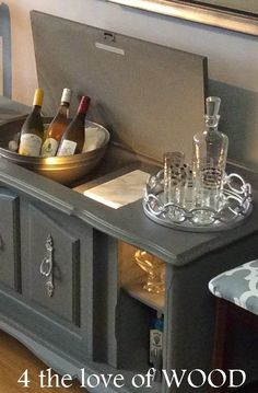 A blog about re-purposing vintage wood furniture, with many tutorials that include tips and tricks how to achieve the look you want in your décor. Wine Bar Furniture, Furniture Fix, Diy Pallet Furniture, Repurposed Furniture, Furniture Makeover, Refinished Furniture, Hooker Furniture, Plywood Furniture, Painted Furniture
